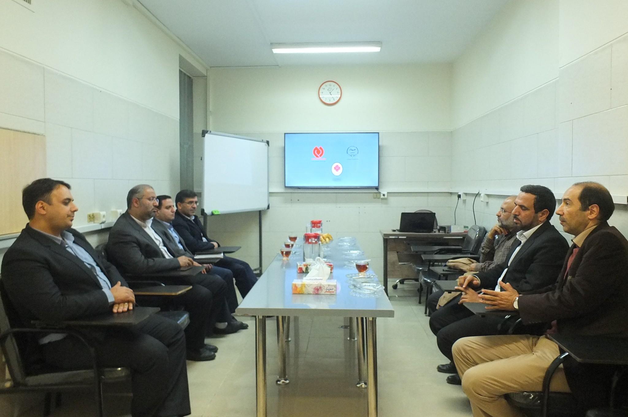 بازدید مدیران ارشد سازمان تجاری سازی از مرکز درمان درمنزل «دم»