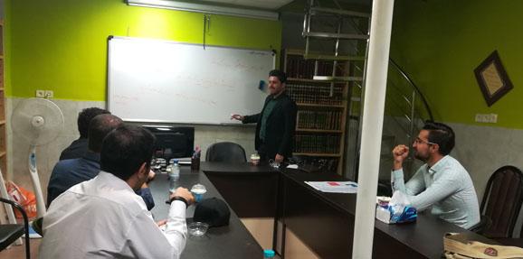 کارگاه فن بیان و اصول مناظره برگزار شد.
