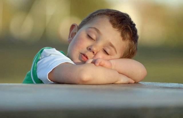 خواب اضافی چه تاثیری روی بدن انسان می گذارد؟