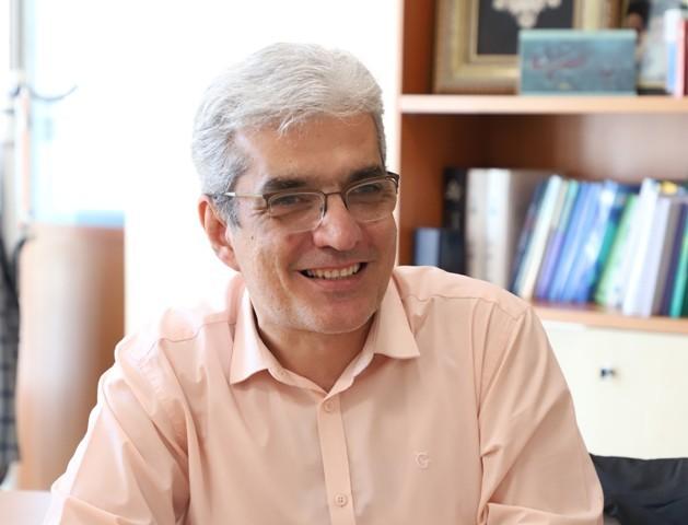 معاون دانشجویی فرهنگی دانشگاه علوم پزشکی تهران فرا رسیدن سال تحصیلی جدید را تبریک گفت