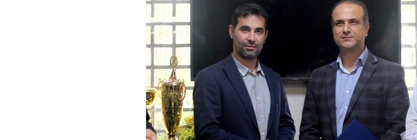 مراسم تودیع و معارفه مدیر امور مالی جهاد دانشگاهی علوم پزشکی تهران برگزار شد