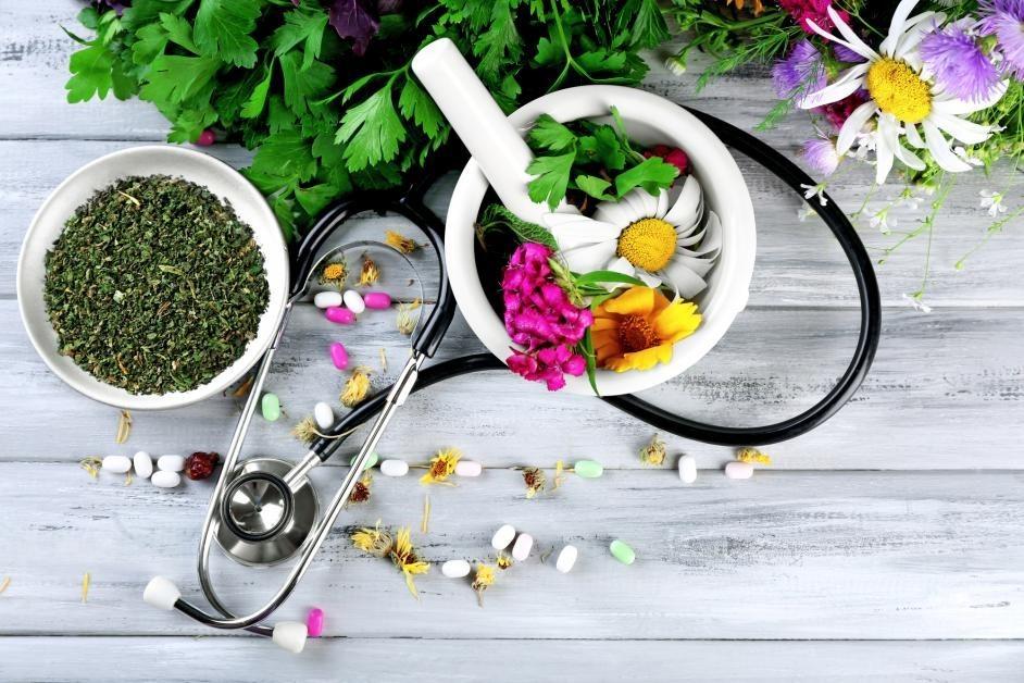 خدمات طب سنتی، نمونه ای پرطرفدار از خدمات درمان در منزل