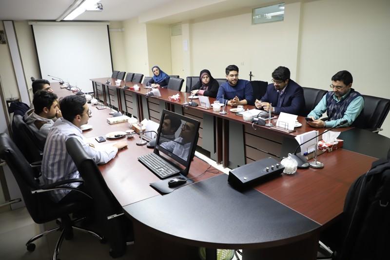 نشست معاون دانشجویی فرهنگی دانشگاه علوم پزشکی تهران با اعضای انجمن اسلامی دانشجویان برگزار شد