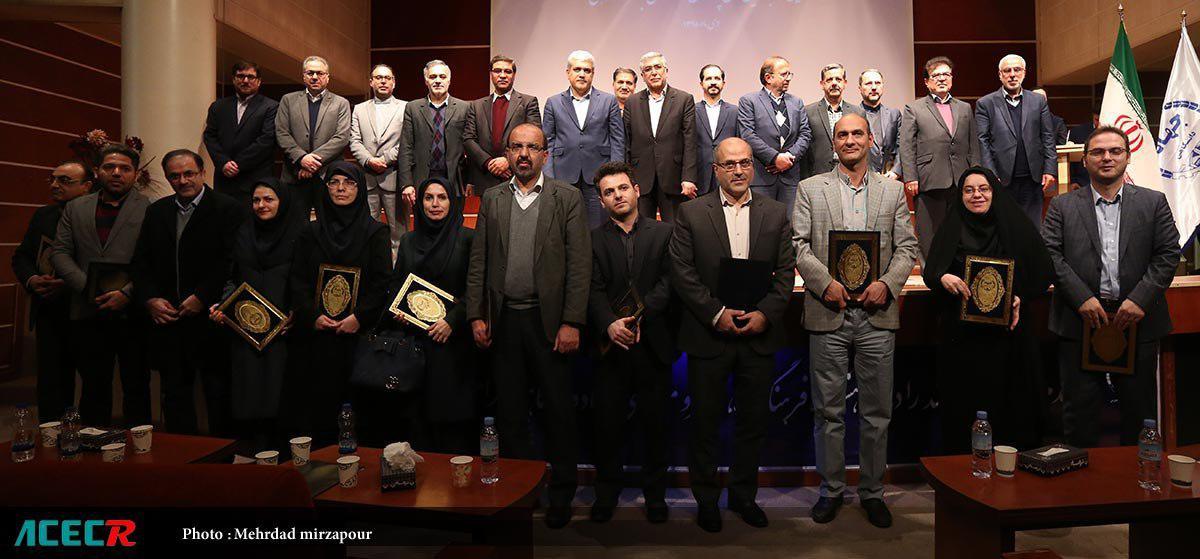 انتخاب مرکز جامع ترمیم زخم وبافت در چهارمین دوره تجلیل از برترین های پژوهش و فناوری های جهاد دانشگاهی