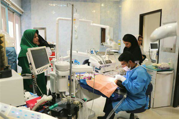 رئیس دانشکده دندانپزشکی علوم پزشکی تهران:پیگیر رفع مشکلات به حق دانشجویان هستم