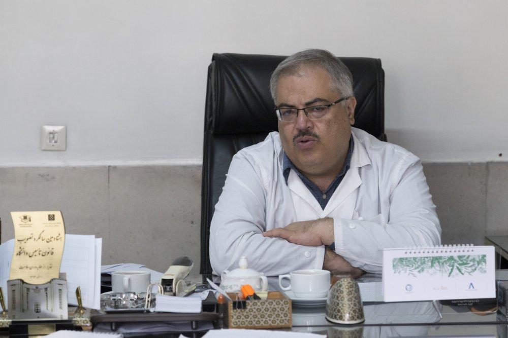 دکتر مجتهدی، فوق تخصص کلیه کودکان در گفت وگو با ایسنای علوم پزشکی تهران:  یکی از علت های «تب کردن» کودک، عفونت کلیه است/ تنقلات شور آسیب بسیاری بر کلیه کودکان وارد می کند/ سنگ کلیه هیچ ارتباطی به مصرف آب آشامیدنی ندارد