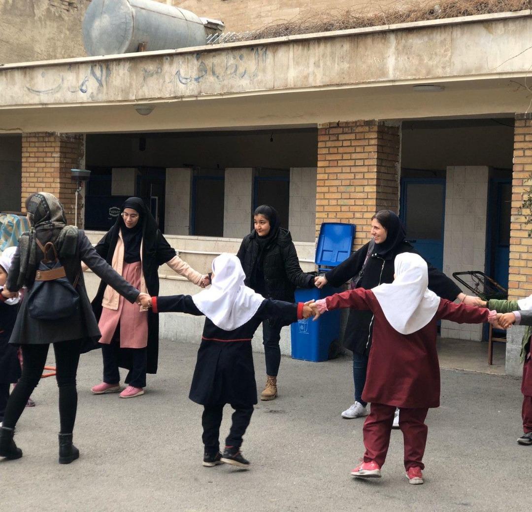 بازدید اعضای کانون خیریه سازمان دانشجویان از کودکان کار و خیابانی