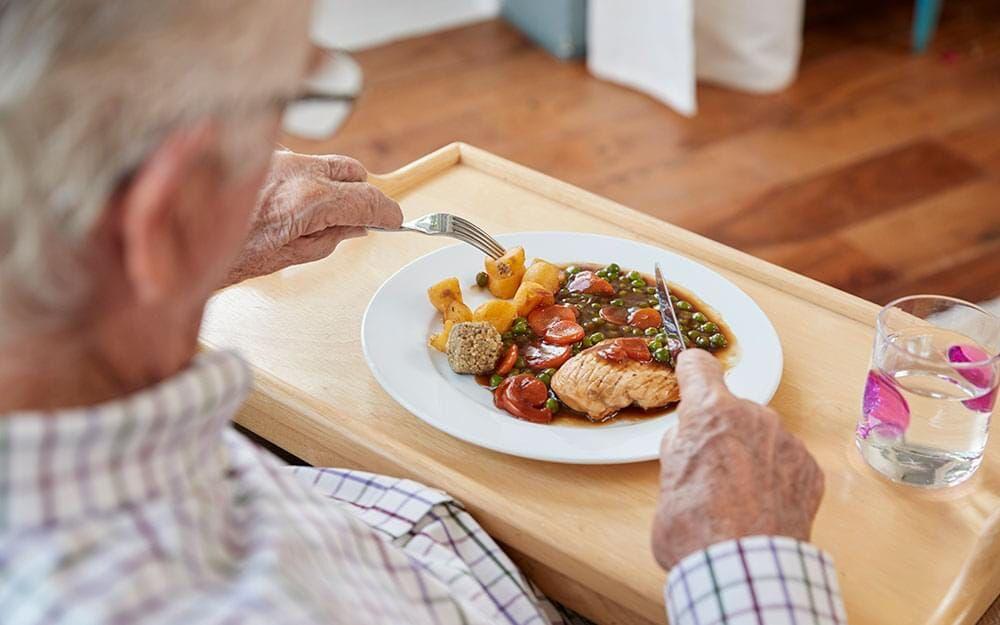 رژیم غذایی مناسب سالمندان