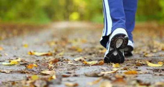 سرعت پیاده روی و قدرت حافظه زوال عقل را پیش بینی می کند