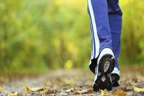 تعداد قدم های روزانه با افزایش طول عمر مرتبط است