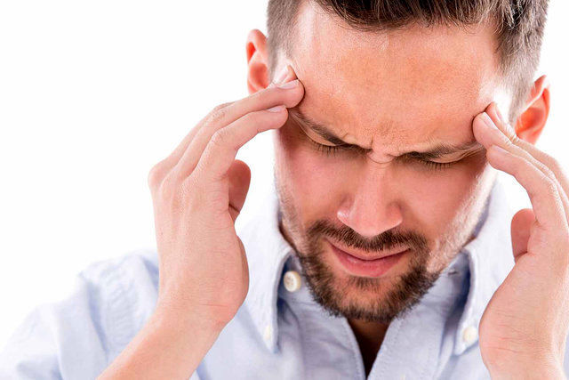 علت سردردها در ایام روزه داری/ کاهش وزن بالا برای روزه داران آسیب زاست
