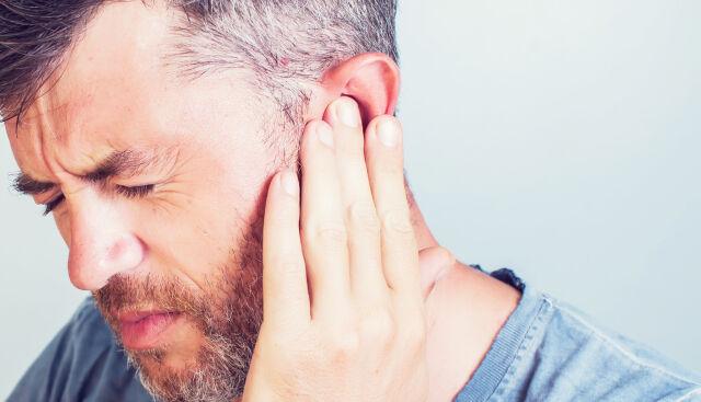 کووید-۱۹ وزوز گوش را تشدید میکند