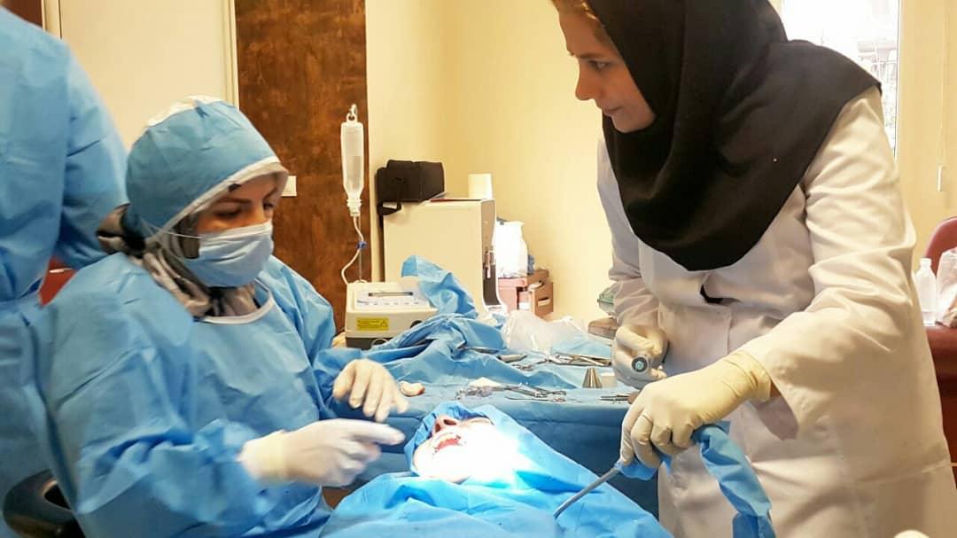 پیشگیری از ابتلا به کرونا با مصرف دهان شویه و قطره های بینی؛ رییس کلینیک دندانپزشکی جهاد دانشگاهی در گفت وگو با ایسنا علوم پزشکی تهران